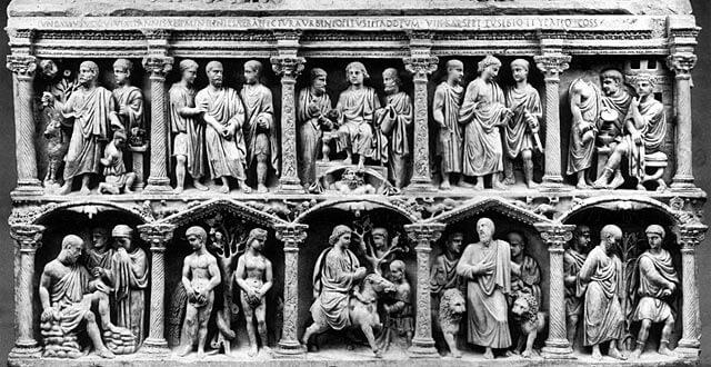 Keskellä ylhäällä Kristus seuralaisten ympäröimänä, sarkofagi, 359 [Grotte Vaticane]